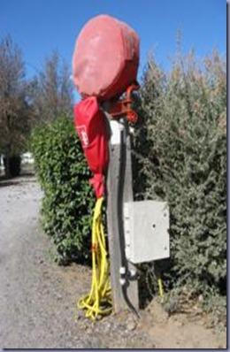 Säule mit Stromkasten_206x275