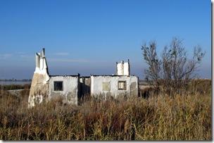 Hausruine im Delta