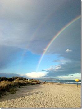 doppelter Regenbogen am Torrestrand