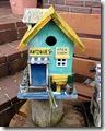 mit hübschen Vogelhäusern