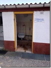 Chemie-Toilettenausguss