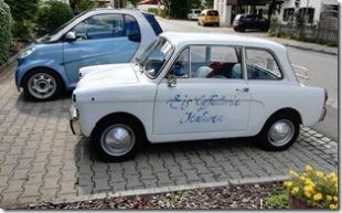 vor der Eisdiele (Fiat)
