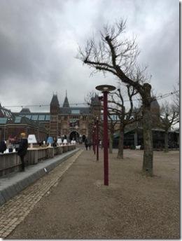 Schlittschuh laufen vor dem Rijksmuseum