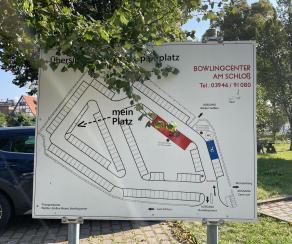 Schlossparkplatz